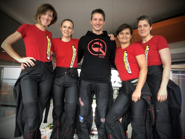team-skynamite-standing-together-in-icarus-tshirt-at-wind-tunnel-event